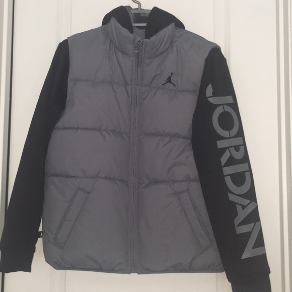 e26b2f660a36b8 Brand New Jordan Puffer Jacket